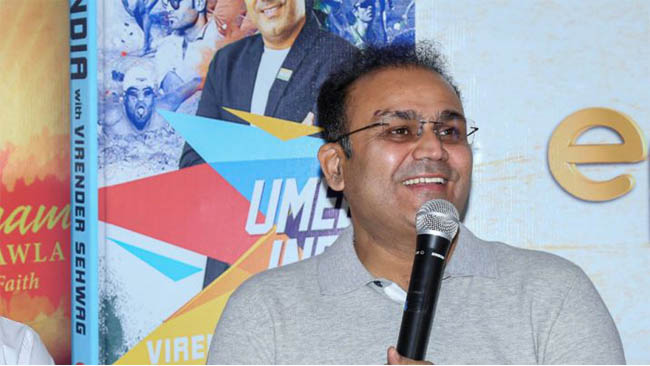 sehwag-supports-10-hafte-10-baje-10-minute-campaign
