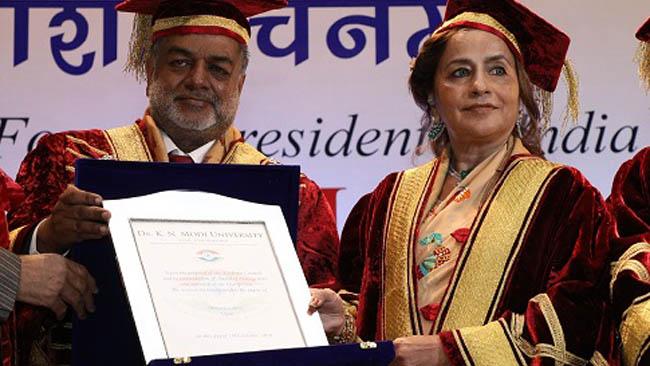bina-modi-conferred-with-ph-d-honoris-causa-by-dr-k-n-modi-university