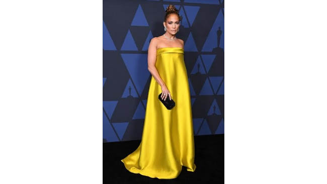 """Jennifer Lopez Wears Harry Winston Jewelry Set in Platinum to the """"Academy of Motion Picture Arts and Sciences' 11th Annual Governors Awards"""""""