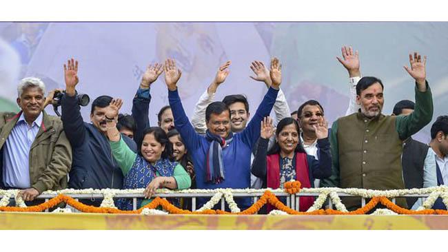 Kejriwal to be sworn in as CM on Feb 16 at Ramlila Maidan