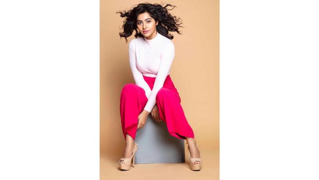 Yukti Kapoor aka Kadak Karishma from Sony SAB's Maddam Sir swears by homemade remedies for healthy skin