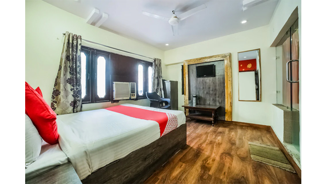 Rocky & Mayur experience Sanitised Stays at OYO hotels in Ajmer