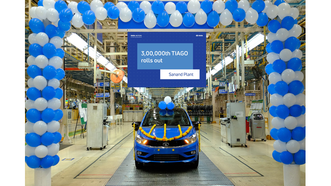 tata-motors-rolls-out-the-3-00-000th-tiago-from-its-sanand-plant