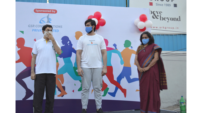 Jayesh Ranjan flags off the first-ever walk, jog and run for 5kms for Corona, Mask, Physical Distance awareness organized by a NGO Hetch Foundation