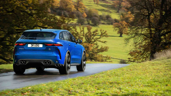 jaguar-takes-f-pace-svr-to-the-next-level-with-enhanced-performance-and-design