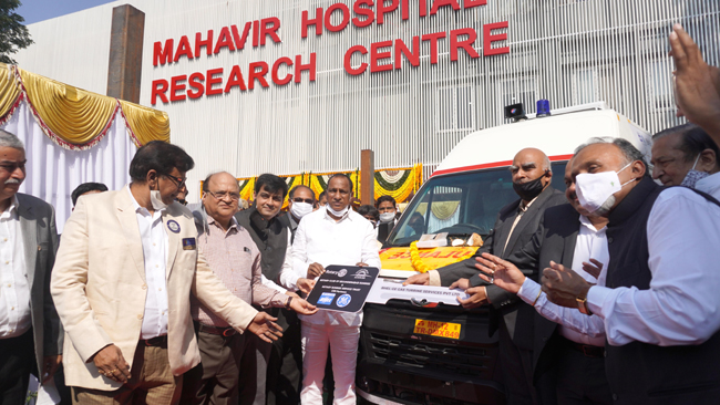 Minister Malla Reddy flags off Rotary ICU Ambulance for free usage of 50 plus Old Age Homes spread in and around twin cities