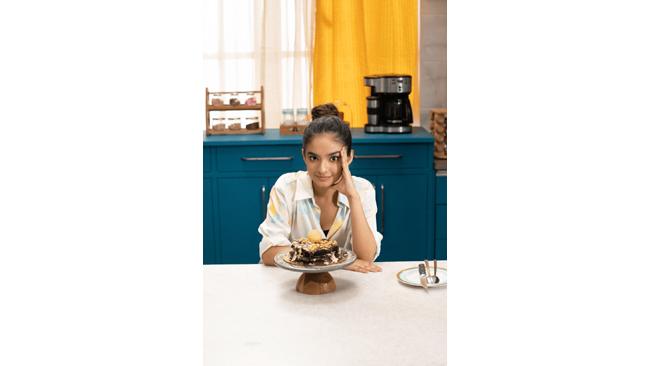 """Being a child artiste teaches you the art of multitasking"", says Anushka Sen"