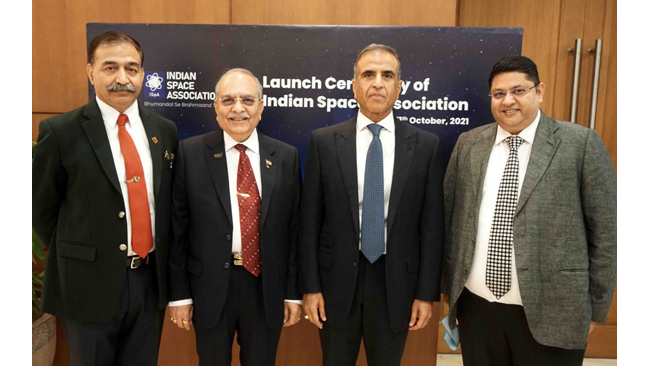 hon-ble-pm-shri-narendra-modi-launches-the-indian-space-association-ispa