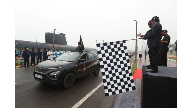 TATA HARRIER DRIVES THE HISTORIC SUDARSHAN BHARAT PARIKRAMA RALLY TOVIZAG TODAY